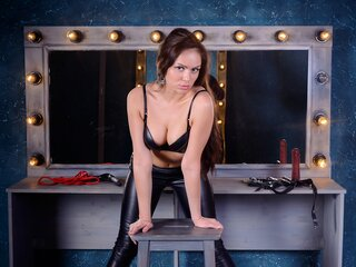 Real live camshow BeastyDomme